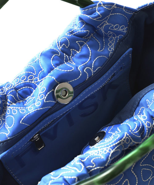 JollyPaisley VictoriaBlue 1x1 Detail